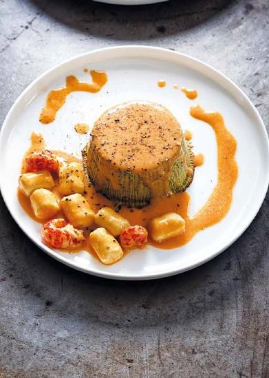 Recette Gâteau de foies de volaille, jus d'écrevisse et mini-quenelles